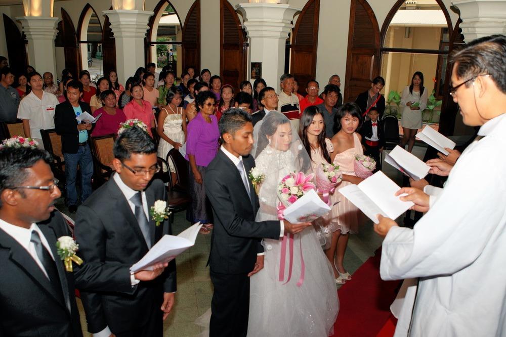 bangkok ceremony ryan & som church thailand