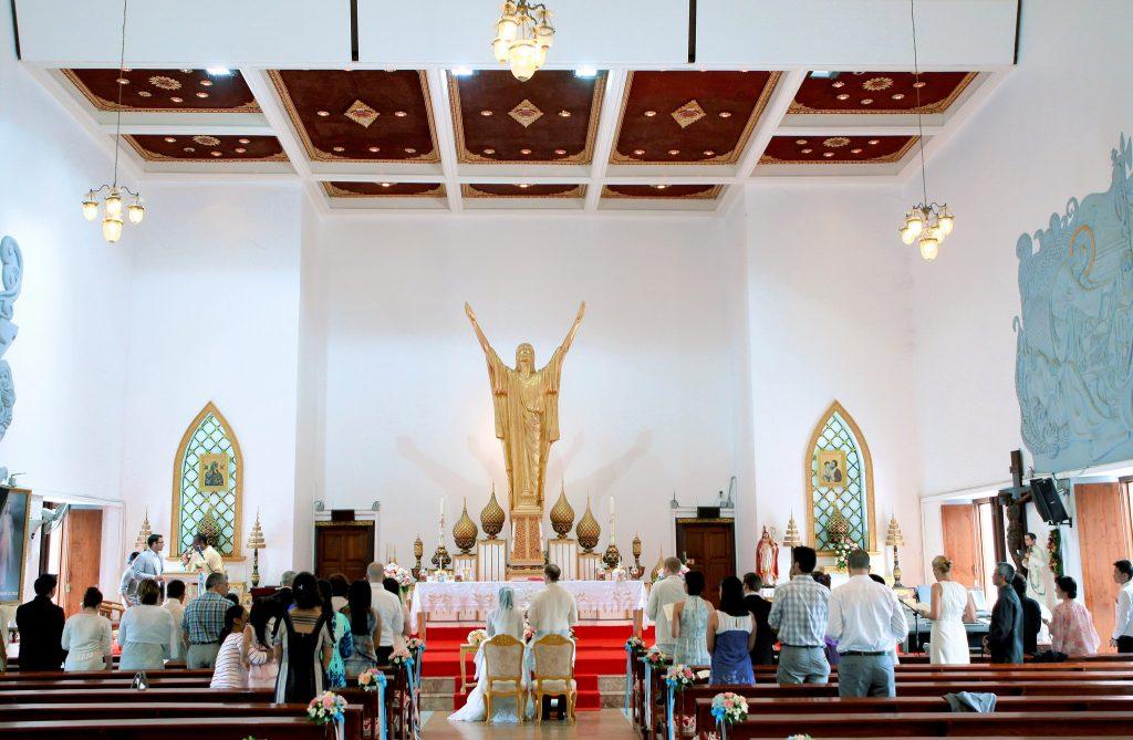 Bangkok Photographer Thailand Wedding Photo Holy Redeemer