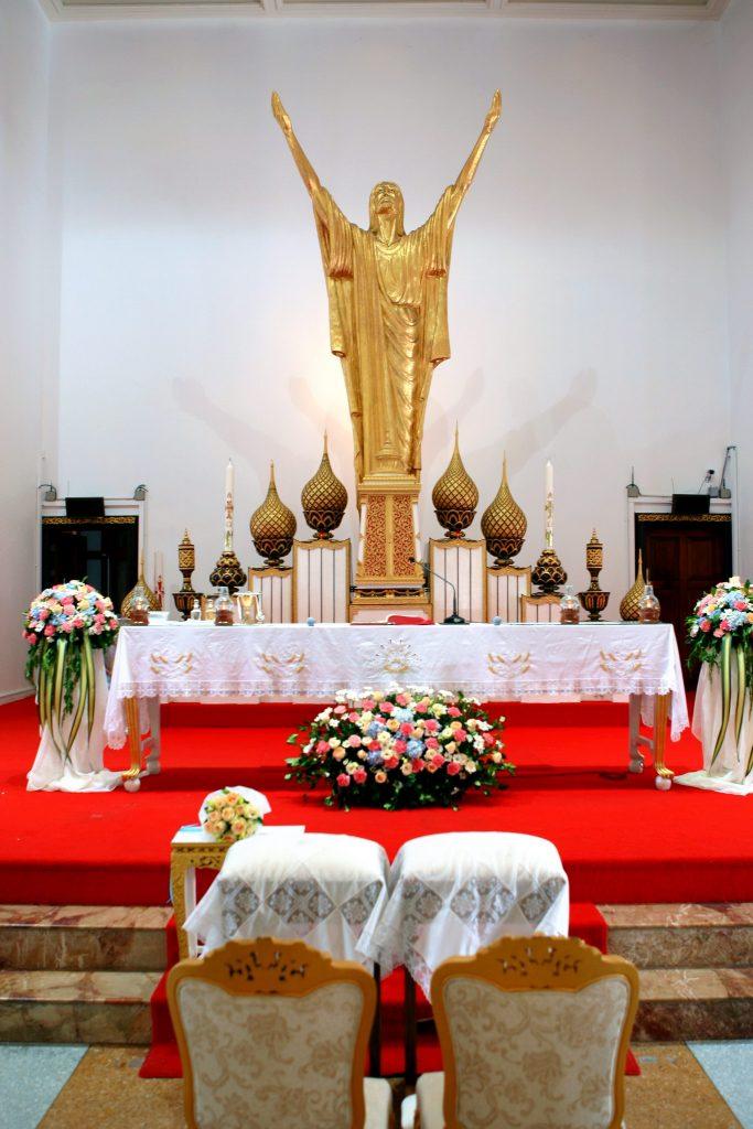 Bangkok Photographer Wedding Holy Redeemer Thailand Church