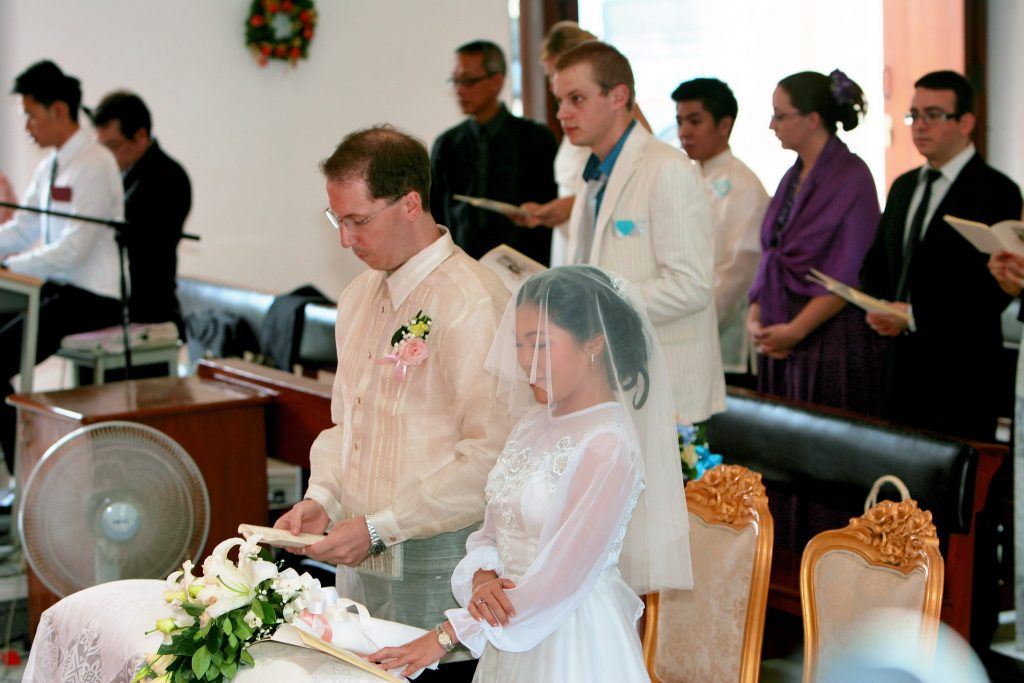 Bangkok Photographer Wedding Philippe & Jana Church Holy Redeemer
