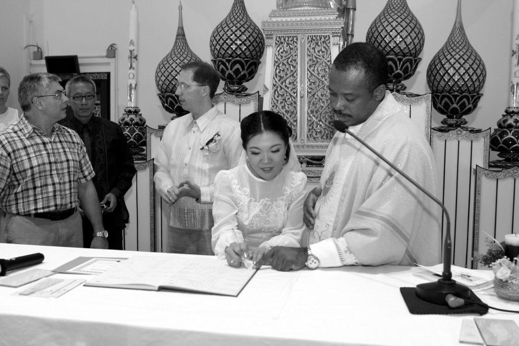 Bangkok Thailand Holy Redeemer Photographer Wedding Church