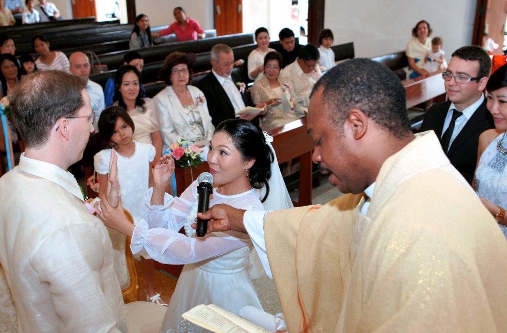 Photographer Holy Redeemer Church Wedding Thailand Bangkok