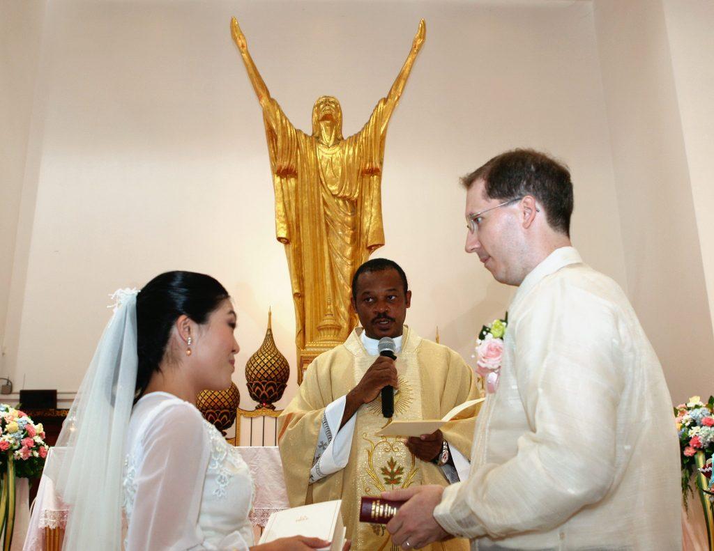 Photographer Holy Redeemer Wedding Photo Thailand Bangkok