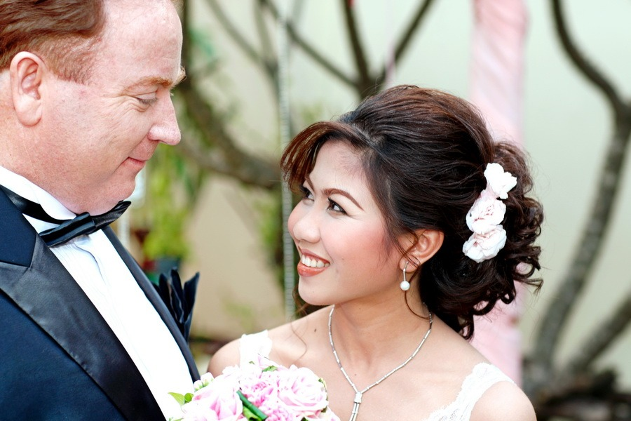 professional traditional pre wedding wedding photographer