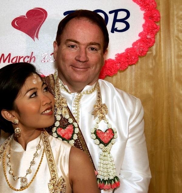 rob and sao traditional wedding photography thailand