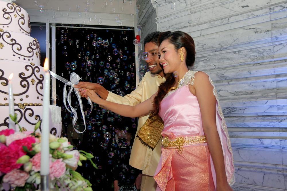 thailand ryan & som ceremony christ's church