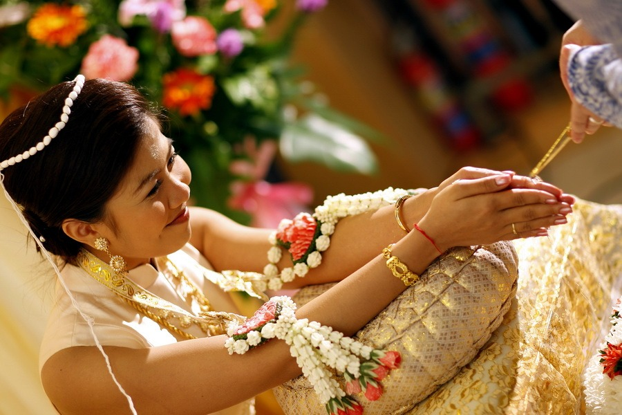 traditional thailand wedding photography