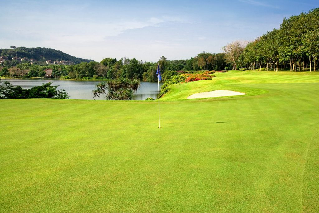 blue canyon country club phuket thailand hole 17 from the back