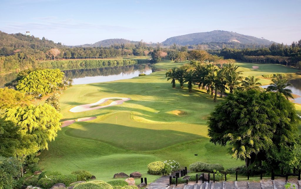 blue canyon country club phuket thailand hole 18th green