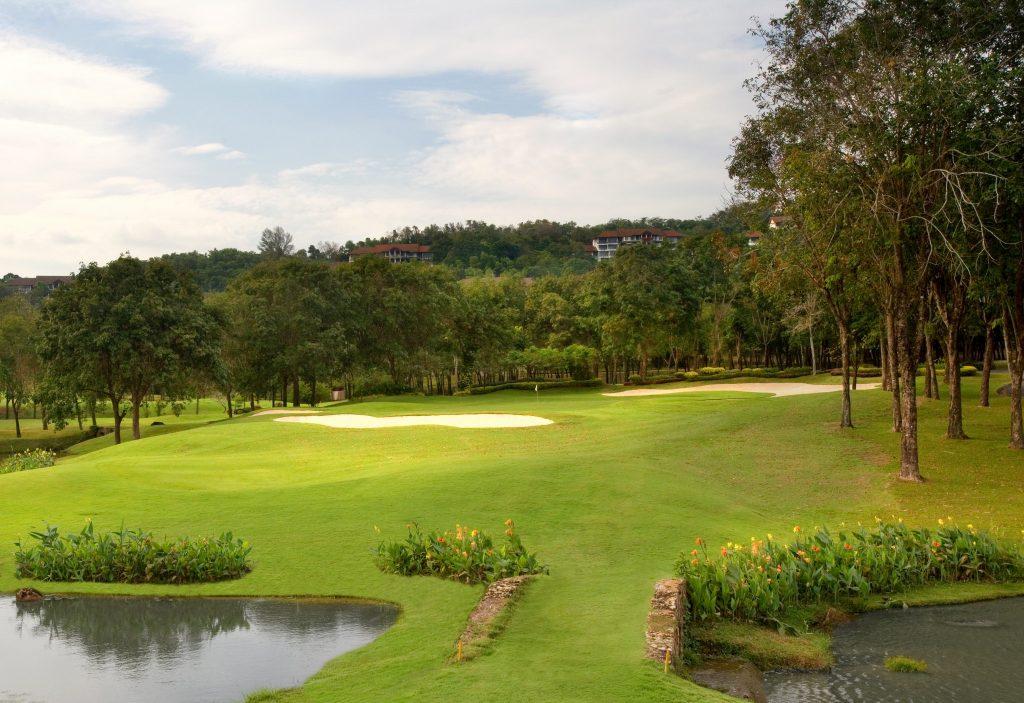 blue canyon country club phuket thailand hole 2nd green