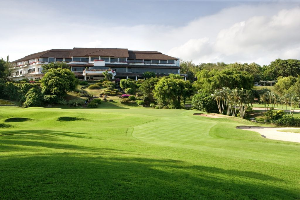 blue canyon country club phuket thailand hole number 18 fairway