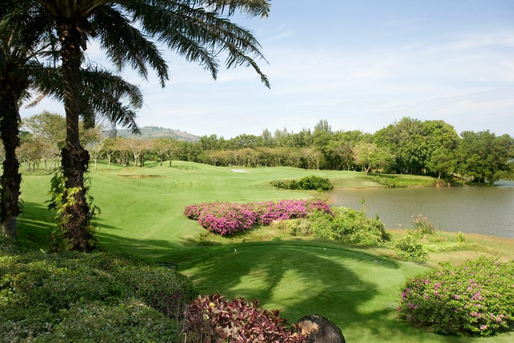 blue canyon country club phuket thailand hole15 from the tee