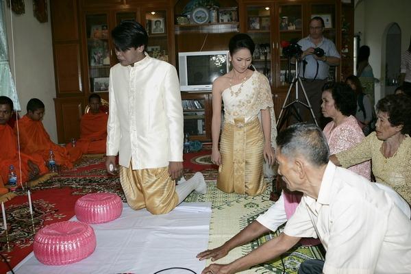 thailand wedding engagement ceremony
