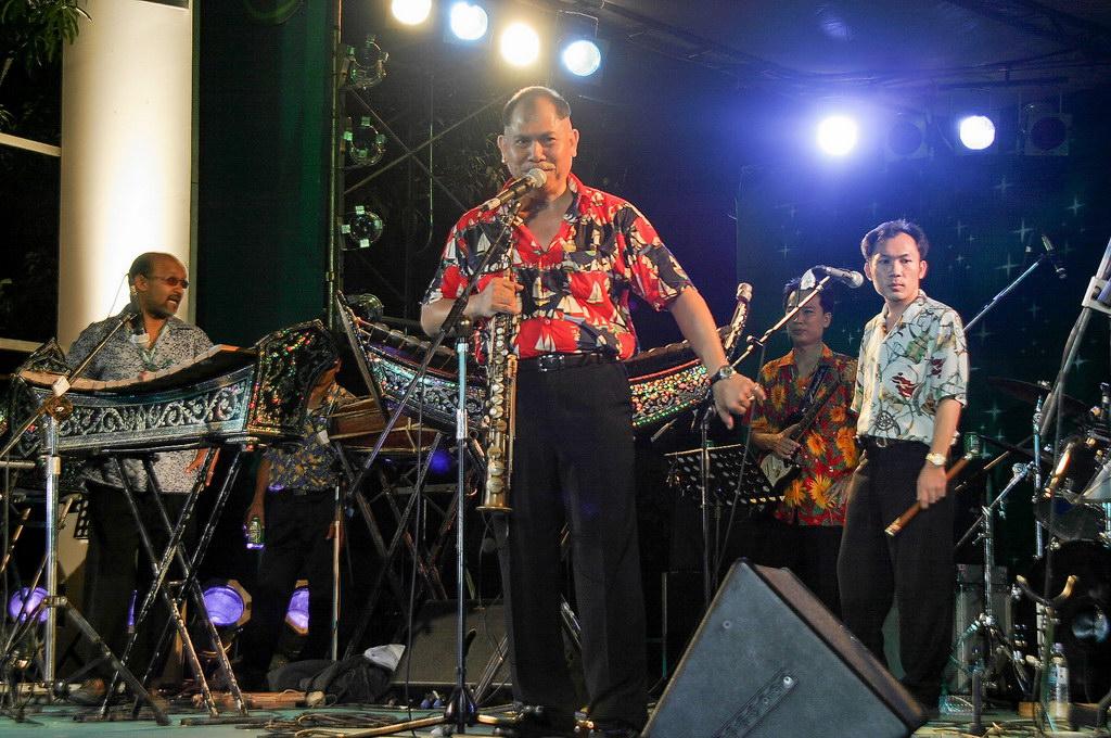 photographer music asia thailand concert